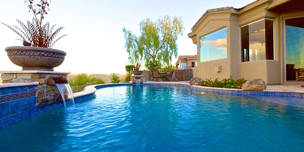 home_pool_about_2